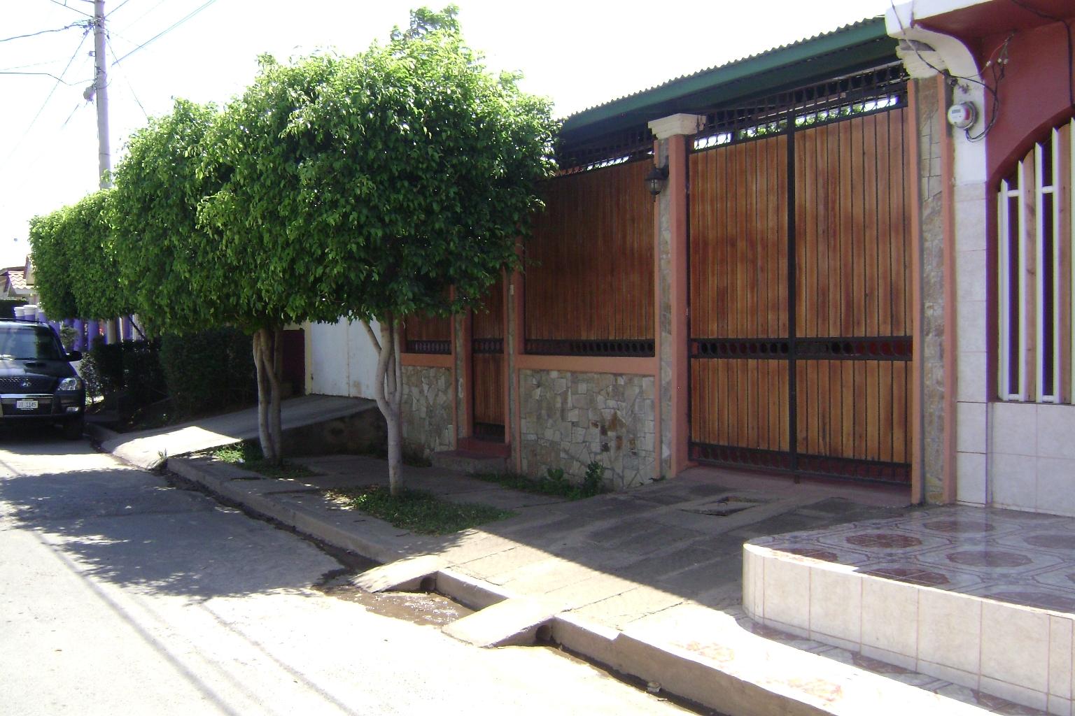 Auxiliadora kelly real estate bienes raices nicaragua - Proteccion para casas ...